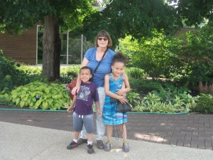 While I was busy in the meeting, my wife and two grandchildren were busy enjoying the arboretum. which includes some nice children's facilities and a cafeteria.